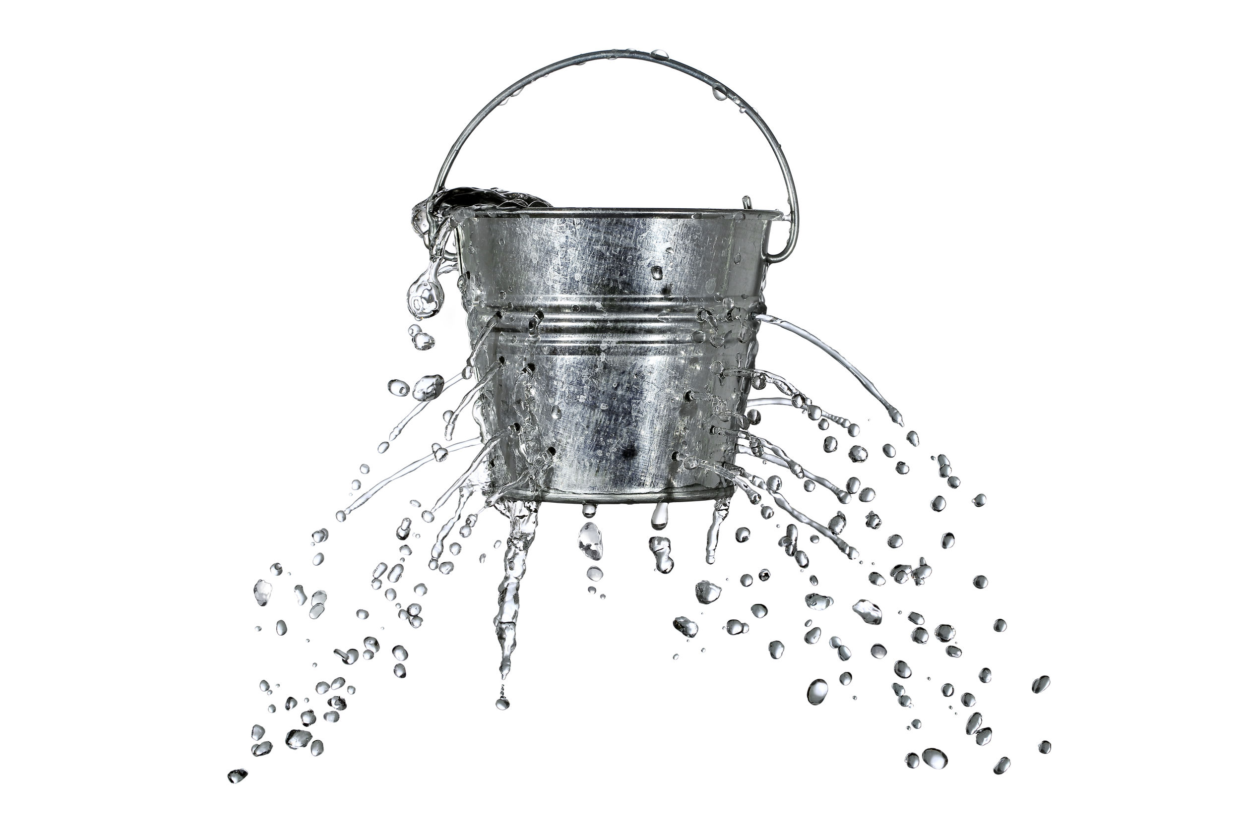 23860032 - water is coming out of a bucket with holes